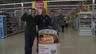 Snods' Supermarket Sweep For Charity